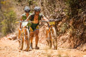 Mateus Ferraz e Ivonne Kraft: exemplo de trabalho em equipe. Foto:  Fabio Piva / Brasil Ride