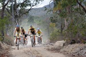 Líderes da 5ª etapa. Foto:  Fabio Piva / Brasil Ride