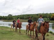 Passeio a cavalo na Fazenda Pratinha
