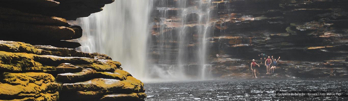 Guia-Chapada-Diamantina-Painel-Cachoeira do Buracão-Caiã  Pires