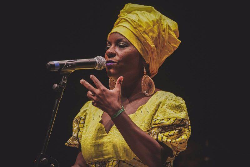 Guia-Chapada-Diamantina-Festival-de-Jazz-Capao-2017-Michaela-Harrison