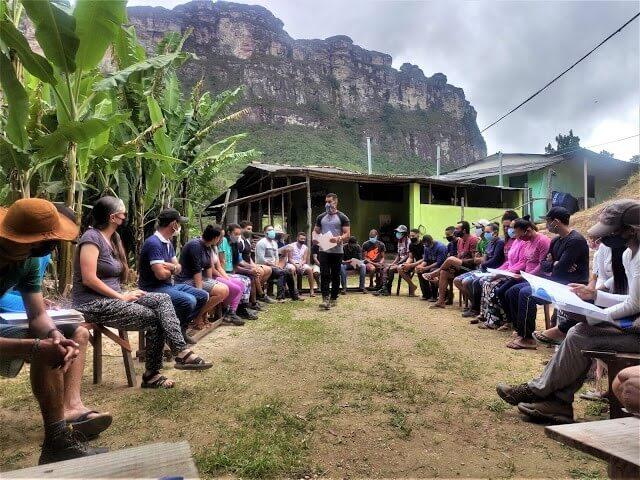 Reunião de apresentação dos protocolos sanitários em prevenção a COVID-19 exclusivos para a atividade turística no Vale do Pati. Fotos: Ennio José Brito Santana e Carlos Alberto Barbosa Junior